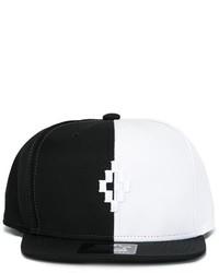 Berretto da baseball bianco e nero