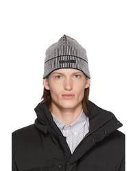 Berretto lavorata a maglia grigio scuro di Givenchy