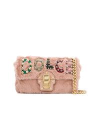 Borsa a tracolla di pelliccia rosa di Dolce & Gabbana