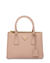 Borsa shopping in pelle rosa di Prada