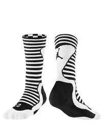 Calzini a righe orizzontali neri e bianchi