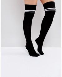 Calzini lunghi a righe orizzontali neri di Asos