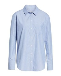Sfrutta gli abiti più adatti al tempo libero con questa combinazione di un gilet e una camicia elegante.