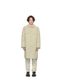 Camicia giacca in nylon beige di Deveaux New York