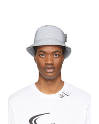 Cappello alla pescatora grigio di Axel Arigato