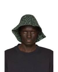 Cappello alla pescatora leopardato verde scuro di Vyner Articles