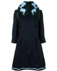 Cappotto con collo di pelliccia blu scuro di Fendi