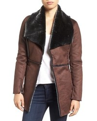 Cappotto in shearling marrone scuro