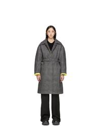 Cappotto scozzese grigio scuro di Ienki Ienki