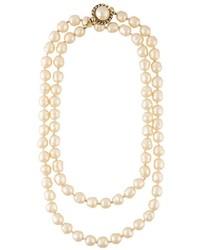 Collana di perle bianca di Chanel