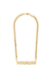 Collana dorata di Vetements