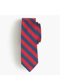 Cravatta a righe orizzontali rossa
