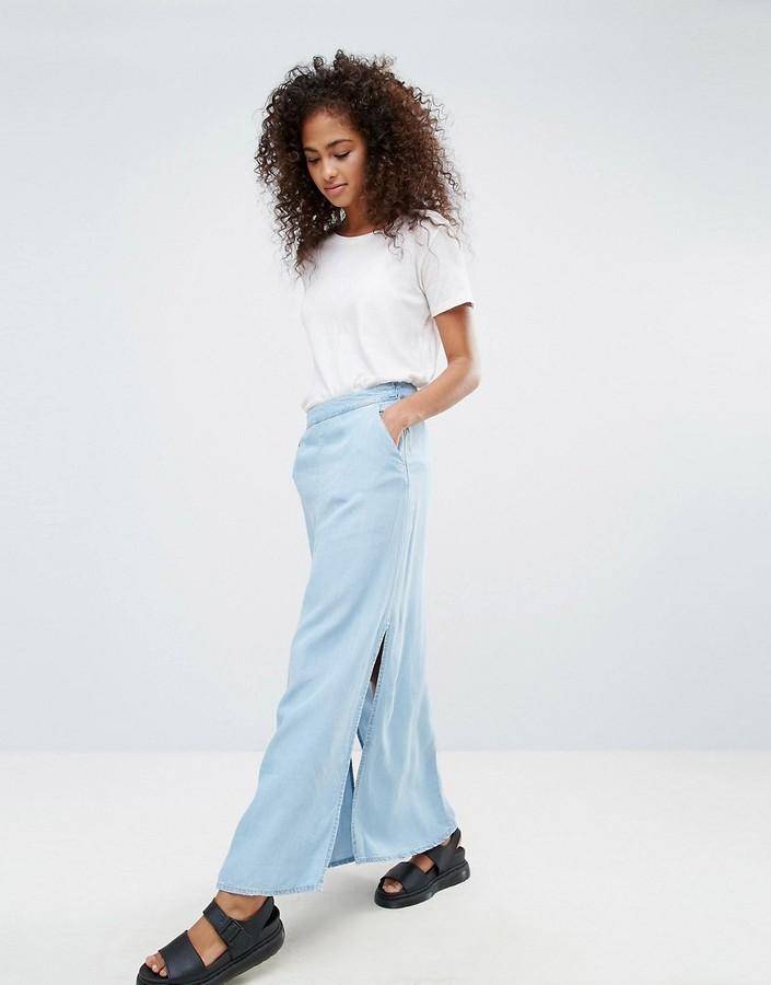 new style 948e0 e6e3e €38, Gonna lunga di jeans con spacco azzurra di Noisy May