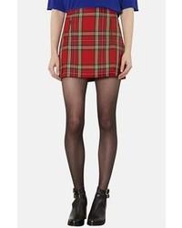 molto carino 6e5f1 345ea Come indossare e abbinare una gonna scozzese rossa (33 foto ...