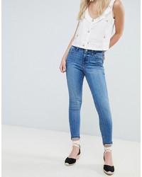 Jeans aderenti azzurri di Miss Selfridge