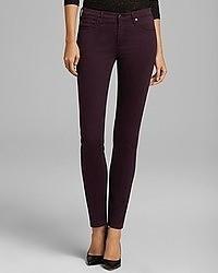 Jeans aderenti melanzana scuro