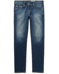 Jeans aderenti strappati