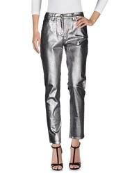 Jeans in pelle argento