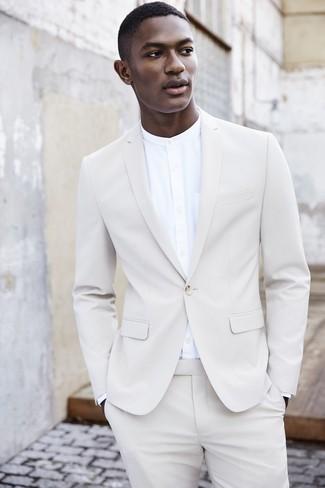 ... Look alla moda per uomo  Abito bianco 26e5d2441e6