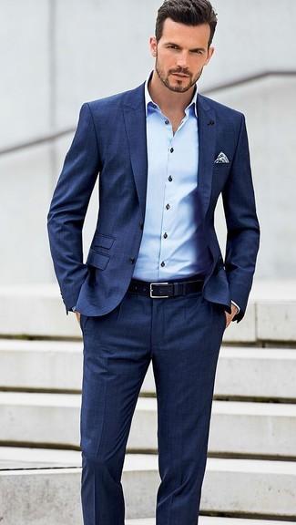 Look alla moda per uomo  Abito blu 3f9220c6431