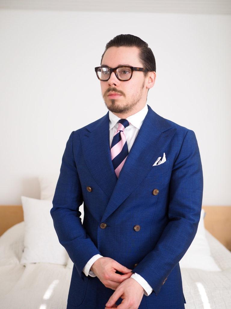 Preferenza Look alla moda per uomo: Abito blu scuro, Camicia elegante bianca  FI69