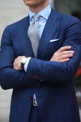 9b616a55156d ... Look alla moda per uomo  Abito blu scuro