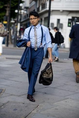 Come indossare e abbinare bretelle blu scuro: Indossa un abito blu scuro con bretelle blu scuro per affrontare con facilità la tua giornata. Mettiti un paio di scarpe derby in pelle bordeaux per un tocco virile.