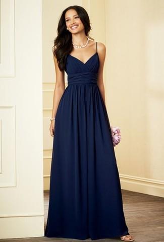 dfff126c7f20 Look alla moda per donna  Abito da sera di chiffon blu scuro ...