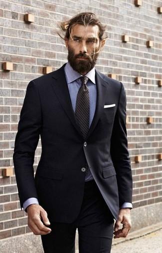 6839aafb23ae ... Look alla moda per uomo: Abito nero, Camicia elegante in chambray  azzurra, Cravatta