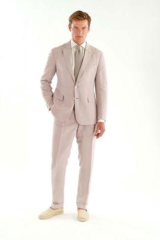 info for f8726 dd874 Look alla moda per uomo: Abito rosa, Camicia elegante bianca ...