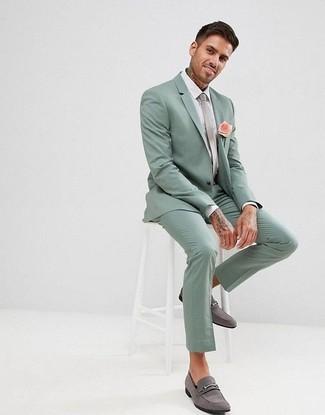 reputable site 20e29 de461 Look alla moda per uomo: Abito verde menta, Camicia elegante ...