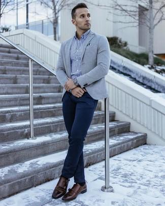 445fbb9fa3 Look alla moda per uomo: Blazer lavorato a maglia grigio, Camicia a ...