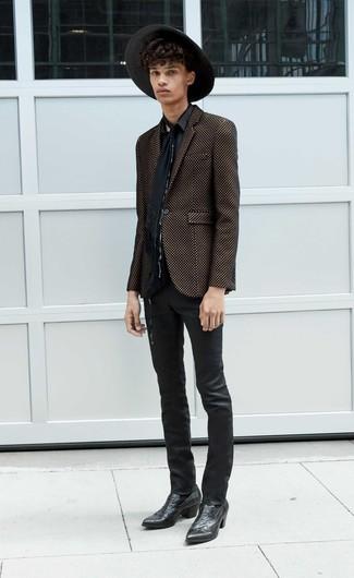 Come indossare e abbinare una camicia a maniche lunghe nera: Prova a combinare una camicia a maniche lunghe nera con jeans in pelle neri per un look raffinato per il tempo libero. Indossa un paio di stivali texani in pelle neri per avere un aspetto più rilassato.