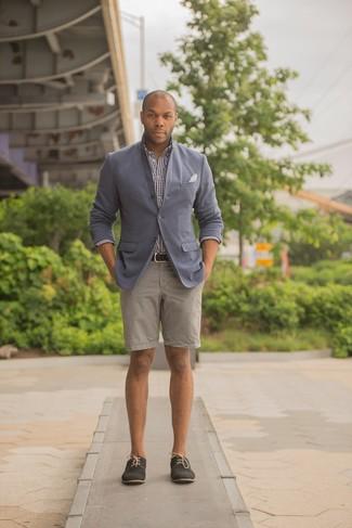 b4b21a7d31 Look alla moda per uomo: Blazer grigio, Camicia a maniche lunghe a ...