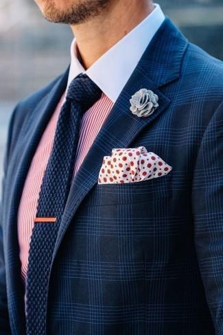 Prova a combinare un blazer scozzese blu scuro per uomo di Ermenegildo Zegna con una camicia elegante a righe verticali bianca e rossa per un look da sfoggiare sul lavoro.