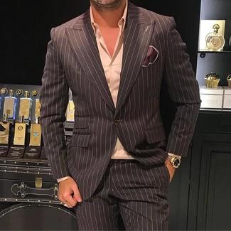 Come indossare e abbinare un blazer a righe verticali marrone: Scegli un blazer a righe verticali marrone e pantaloni eleganti a righe verticali marrone scuro per essere sofisticato e di classe.