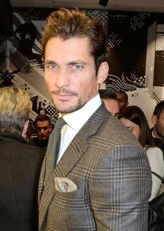 Come indossare e abbinare: blazer di lana scozzese grigio, camicia elegante bianca, cravatta di lana grigia