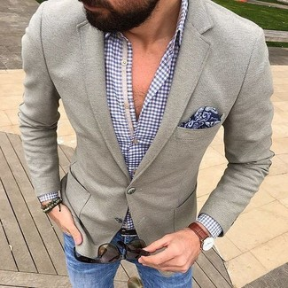 3018e62be0 Look alla moda per uomo: Blazer di lana grigio, Camicia a maniche ...