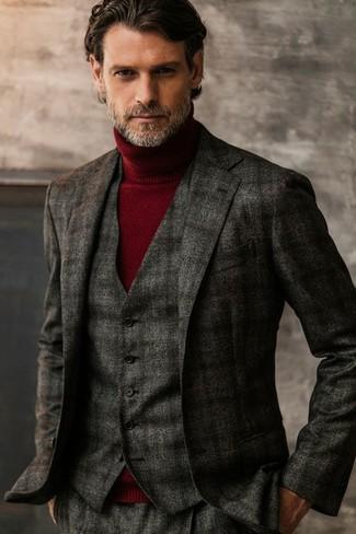 Come indossare e abbinare un gilet scozzese grigio scuro: Metti un gilet scozzese grigio scuro e pantaloni eleganti di lana scozzesi grigio scuro per una silhouette classica e raffinata