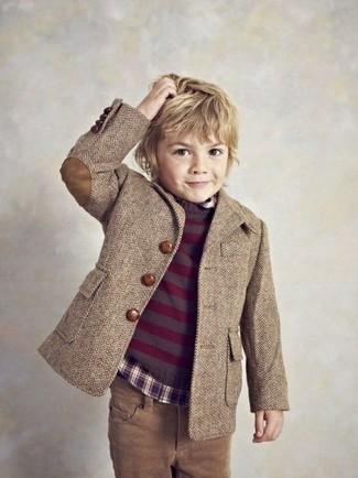 Come indossare: blazer marrone, maglione melanzana scuro, camicia a maniche lunghe melanzana scuro, jeans marroni