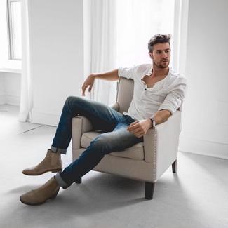 stivali jeans camicia bianca uomo