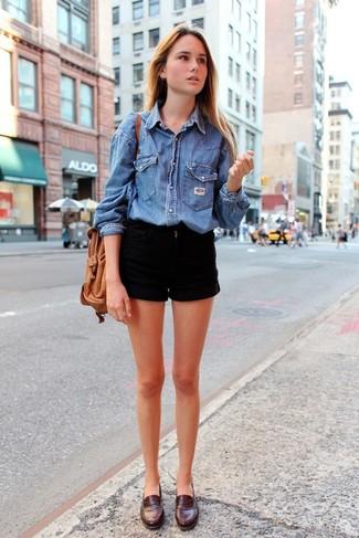 nuovo arrivo dd1d1 1fa67 Look alla moda per donna: Camicia di jeans blu, Pantaloncini ...