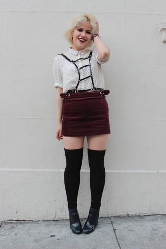 a03b14c87b Come indossare una gonna di velluto bordeaux (7 foto) | Moda donna ...