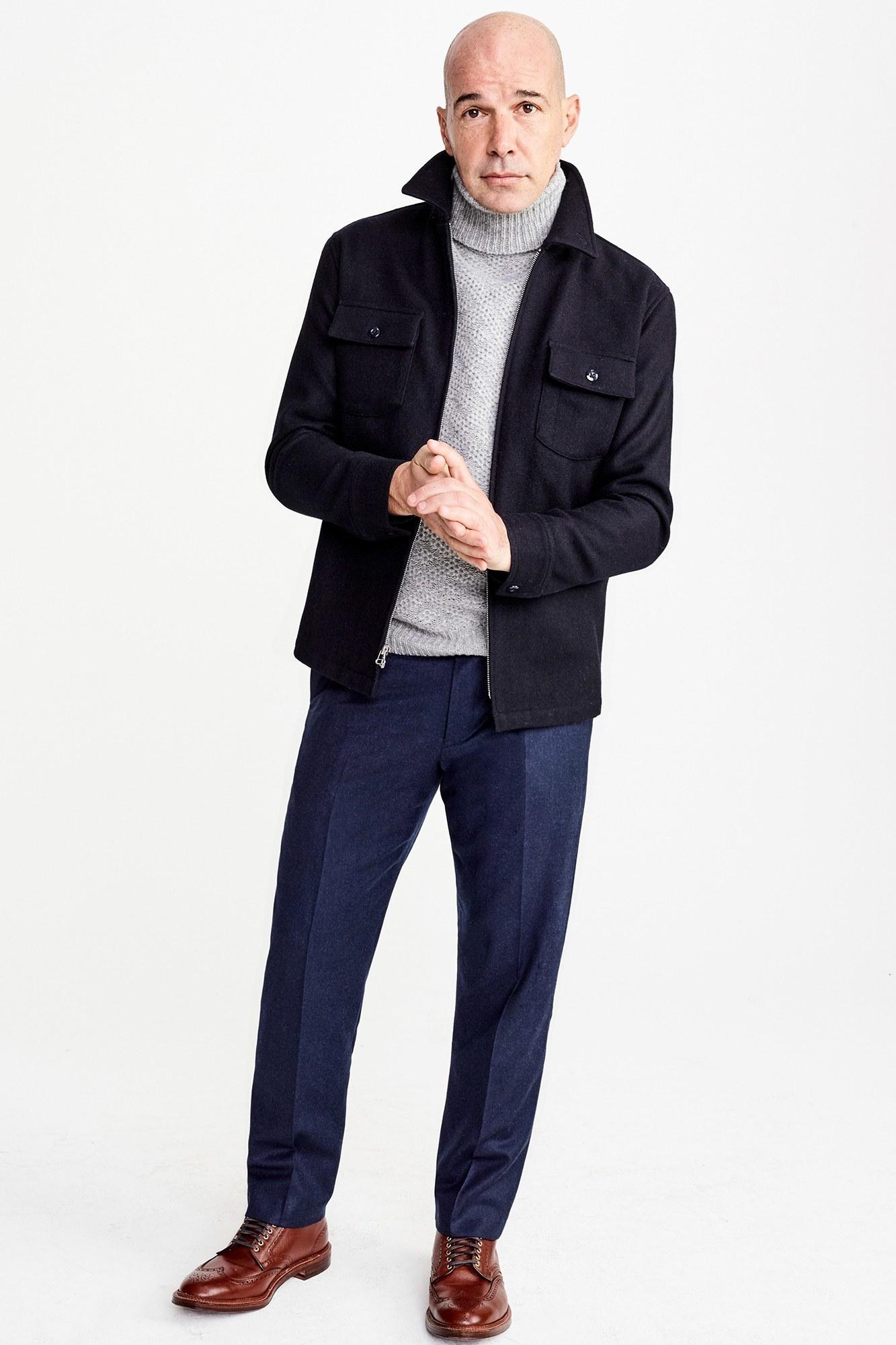 Ben noto Come indossare un maglione grigio scuro con Pantaloni blu | Moda uomo II36