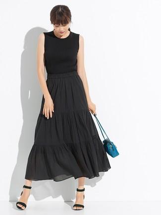 Come indossare: canotta lavorata a maglia nera, gonna longuette a pieghe nera, sandali con tacco in pelle neri, borsa a tracolla in pelle foglia di tè