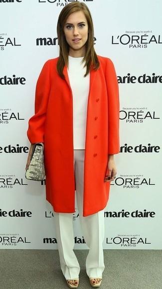 Cappotto arancione camicetta a maniche corte bianca pantaloni eleganti bianchi large 959