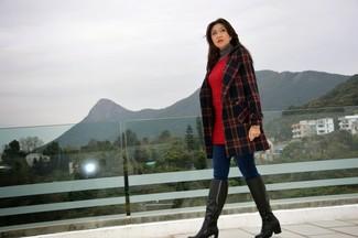 80c5563815 Look alla moda per donna: Cappotto scozzese nero, Dolcevita grigio ...