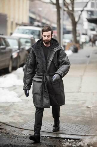 Come indossare e abbinare guanti in pelle neri: Per un outfit della massima comodità, abbina un cappotto in shearling nero con guanti in pelle neri. Scegli un paio di stivali casual in pelle neri come calzature per mettere in mostra il tuo gusto per le scarpe di alta moda.