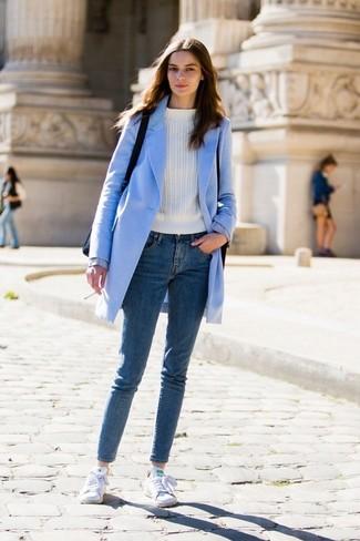 new concept f2cd1 f6c49 Come indossare e abbinare un cappotto azzurro (64 foto ...