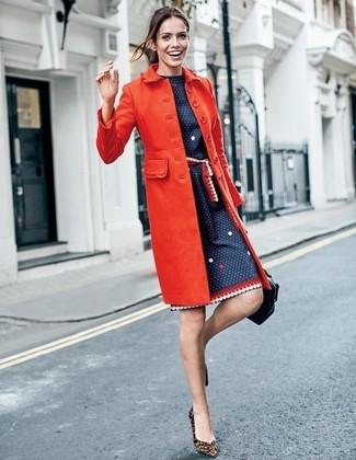 ... Look alla moda per donna  Cappotto rosso a8b48e47c87
